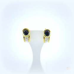 Boucles d'oreilles or, saphir et diamants