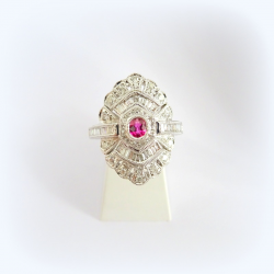 Bague pavage diamants et rubis